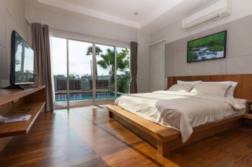 Excellent Lake View House in Thalang Phuket